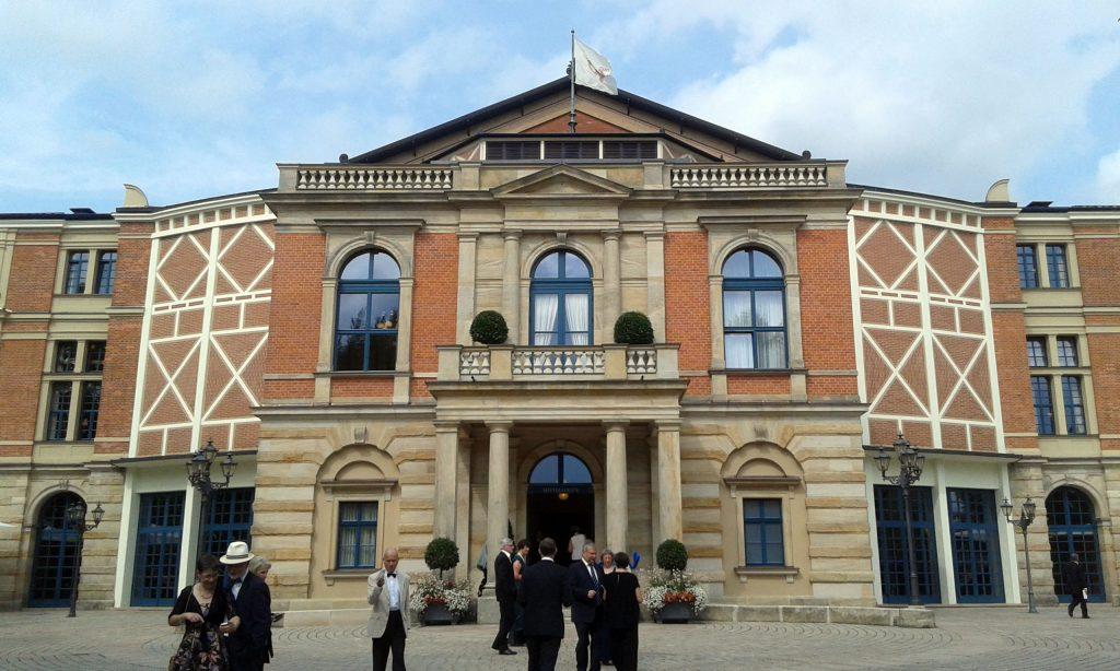 Bayreuther Festspielhaus. Heute: Die Walküre