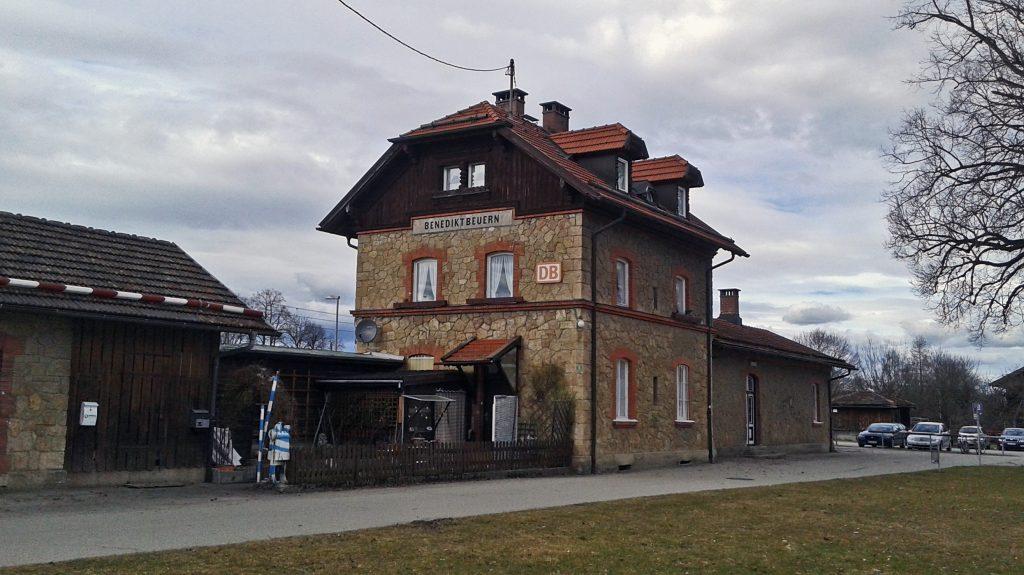 Bahnhof Benedikteuern möglich