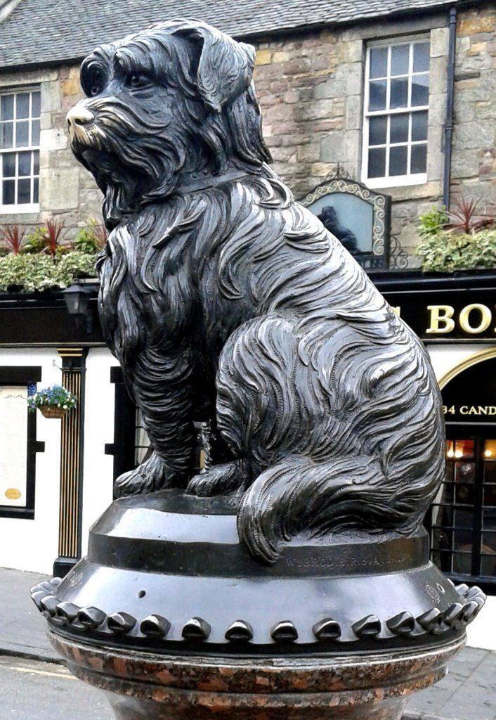 Bobby Skulptur