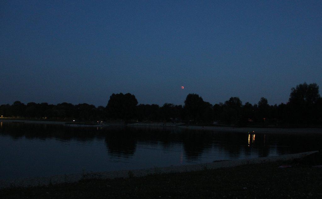 Vollmondschwimmen - mit Mondfinsternis