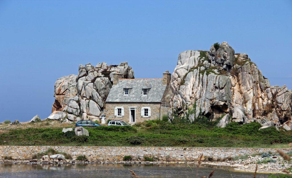 Am Gouffre - das Haus zwischen den Felsen