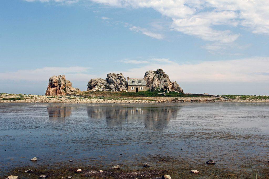 Am Gouffre - das Haus zwischen den Felsen ohne Auto