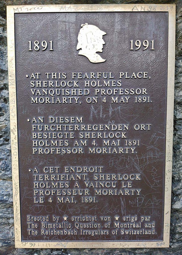Gedenktafel für Sherlock Holmes am Reichenbachfall