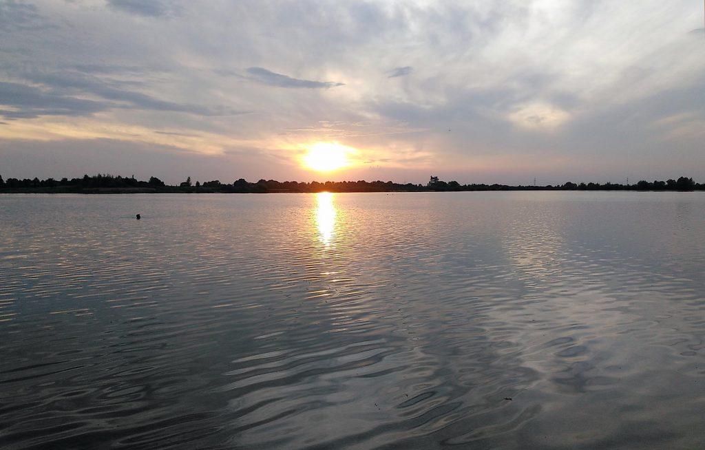 Goldene Stunde 2019 im Kronthaler Weiher - zu spät, dass sich die Sonne doch wieder blicken lässt