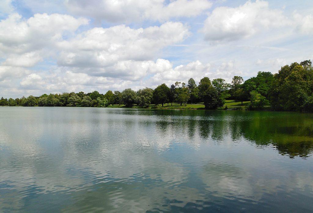 Freizeitanlage am Ostufer des Sees