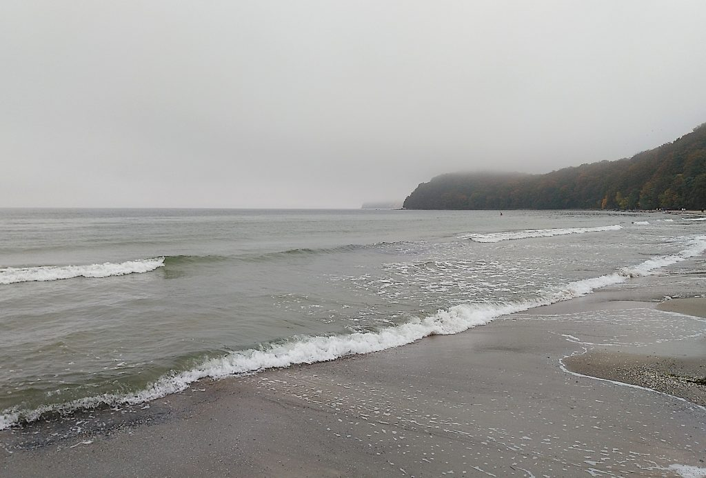 Ostsee im Herbst - Grau in grau